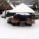 summer-house-snowed